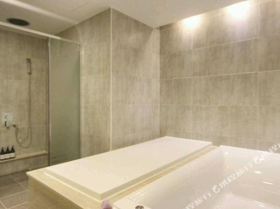 阿瓦高級酒店(Premium Ava Hotel)尊貴套房