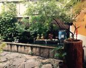 曼谷塔維茲旅館