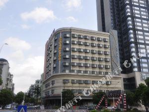 莫泰168(中山利和廣場興中道店)(Motel  (Zhongshan Xingzhong Road))