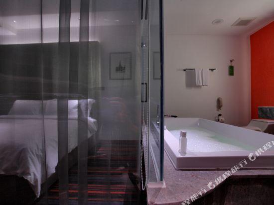 曼谷利特酒店(LiT BANGKOK Hotel)Full Spectrum Suite - Bathroom