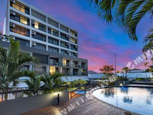 凱恩斯陽光大廈酒店(Sunshine Tower Hotel Cairns)