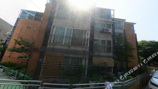 南山複式公寓