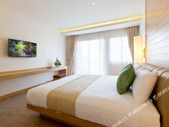 艾瑞斯華欣酒店(Ayrest Hua Hin Hotel)豪華房(帶按摩浴缸)