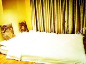 靈寶金色陽光尚品酒店