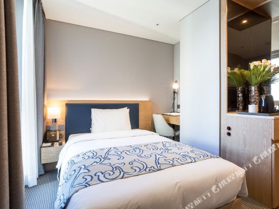 森圖姆尚品酒店(Centum Premier Hotel)城景單人房