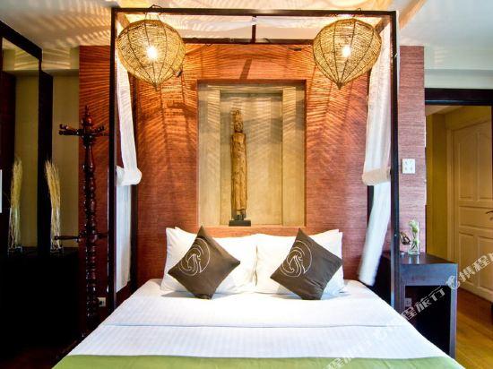 芭堤雅黃金海酒店(Golden Sea Pattaya)至尊精緻套房