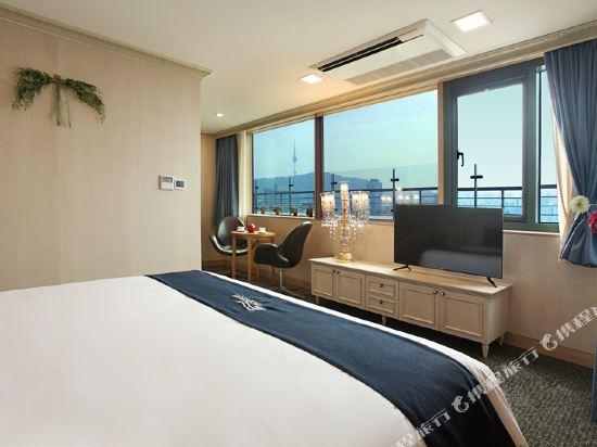 空中花園東大門金斯敦酒店(Hotel Skypark Kingstown Dongdaemun)陽台套房