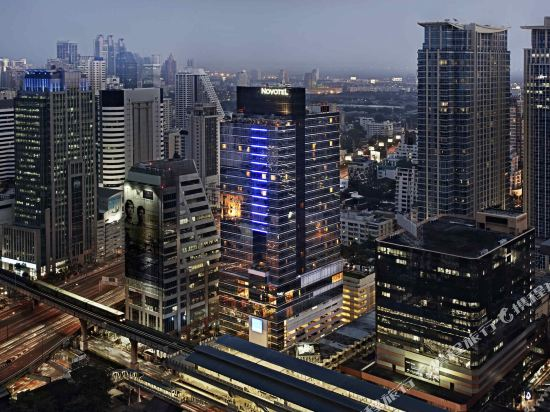 諾富特曼谷素坤逸酒店(Novotel Bangkok Ploenchit Sukhumvit)外觀