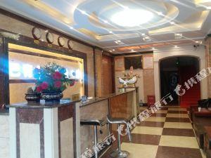 巴青大酒店