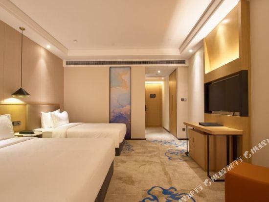 上海智微世紀麗呈酒店(REZEN HOTEL SHANGHAI ZHIWEI CENTURY)高級雙床房