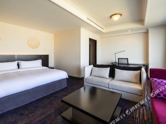 福岡海鷹希爾頓酒店(Hilton Fukuoka Sea Hawk)行政特大床套房