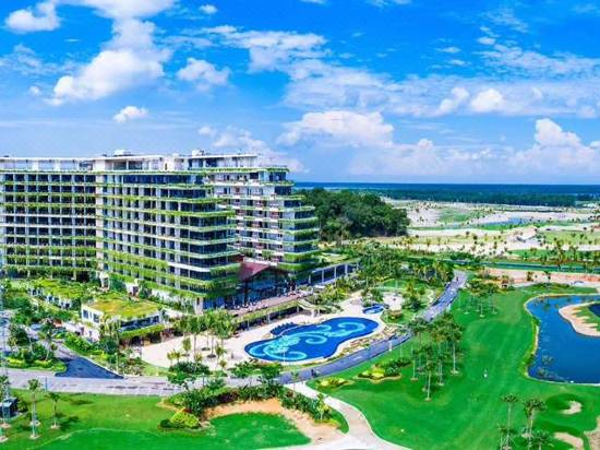 Forest City Phoenix International Golf Hotel Reviews For 5 Star Hotels In Johor Bahru Trip Com