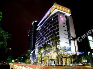 中山盛景尚峯酒店(The Summit Hotel)