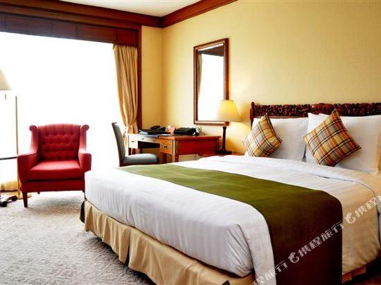 曼谷瑞士奈樂特公園酒店(Swissotel Nai Lert Park Bangkok)全景套房