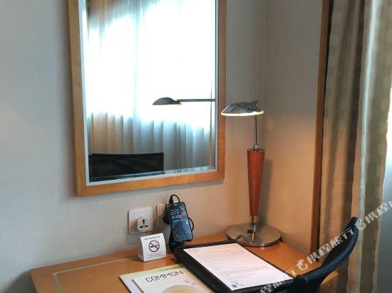香港城景國際(The Cityview)高級標準客房