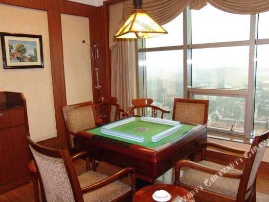 東莞石龍名冠金凱悅酒店(Gladden Hotel (Shilong Town))健身娛樂設施