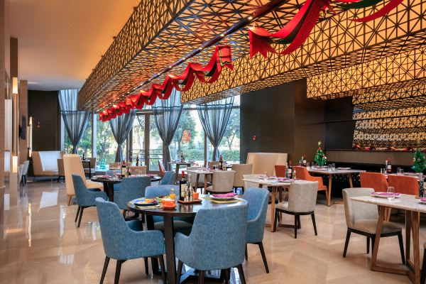 Grand Kingtown Hotel Wuxi, Hotel reviews and Room rates