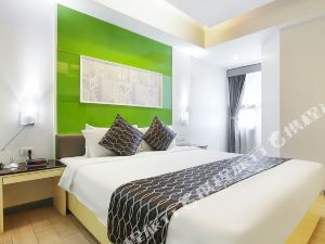 克拉思克素坤逸酒店(Klassique Sukhumvit)