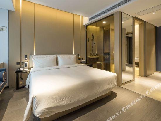杭州濱江亞朵S網易嚴選酒店(Atour Hotel (Hangzhou Riverside))高級大床房
