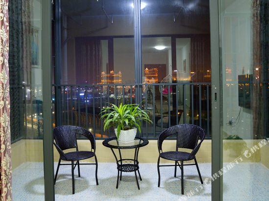Q加·泰萊童趣主題公寓(珠海橫琴海洋王國店)(Q+ Tailai Tongqu Theme Apartment (Zhuhai Chimelong Ocean Kingdom))觀澳房三房兩廳二衞雙陽台