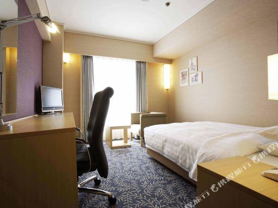 大阪麗嘉皇家酒店(Rihga Royal Hotel)西翼單人房
