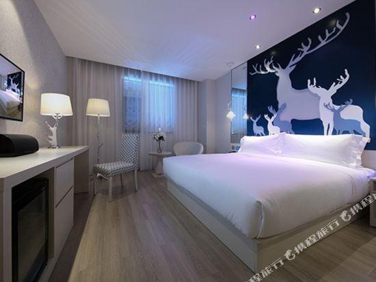 桔子酒店·精選(昆明翠湖店)(Orange Hotel Select (Kunming Green Lake))森林狂歡