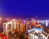 昕寰酒店(重慶解放碑大唐諾亞店)