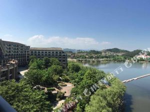 杭州臨安中都青山湖畔大酒店