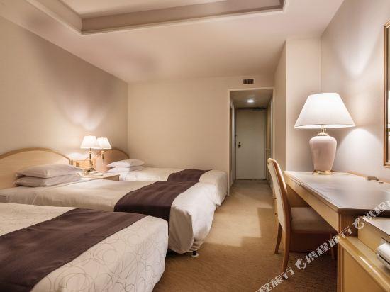 札幌公園飯店(Sapporo Park Hotel)大型三人房