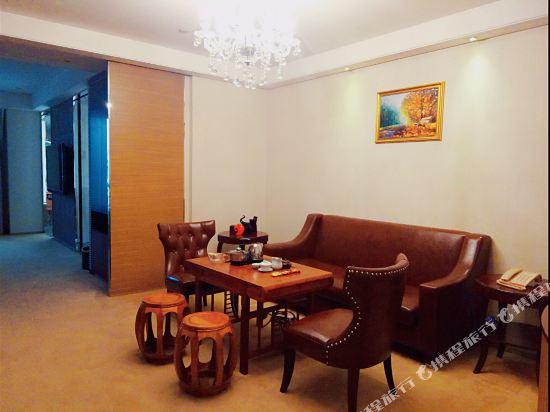 廣州馬會酒店(Jockey Club Hotel)商務套房