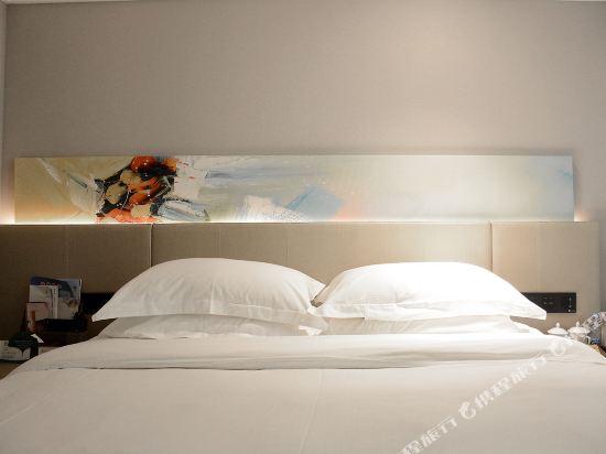 上海萬信R酒店(Wassim R Hotel)特惠大床房(無窗)
