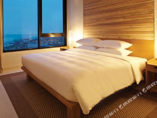 峴港凱悅麗晶渡假村及水療中心(Hyatt Regency Danang Resort and Spa)公寓房帶兩張大床和兩張單人床