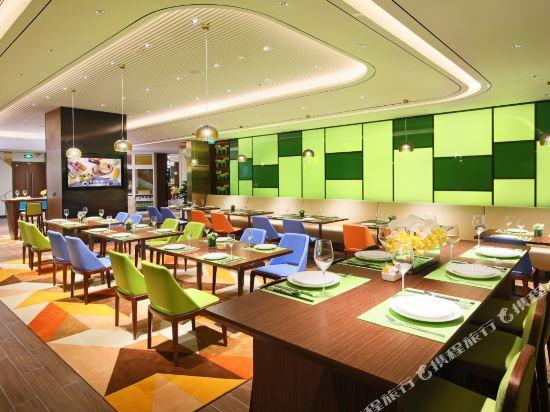 中山南朗希爾頓歡朋酒店(Hampton by Hilton Zhongshan Nanlang)西餐廳