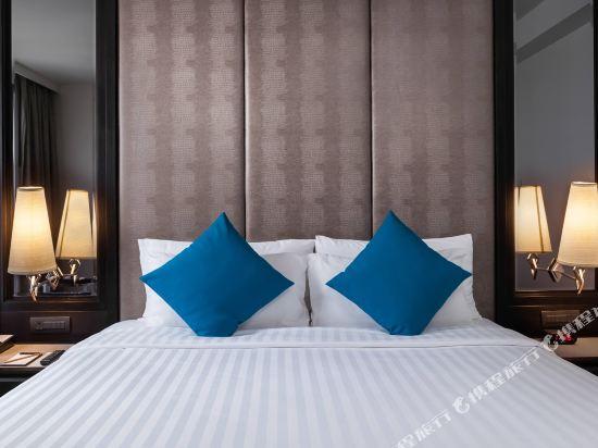 曼谷素坤逸15巷瑞享酒店(Mövenpick Hotel Sukhumvit 15 Bangkok)行政套房