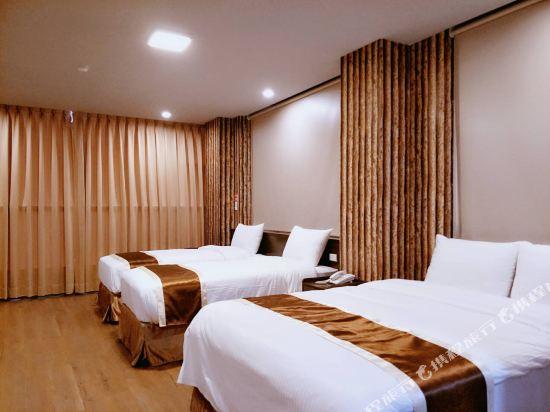 台中撲克商旅(A Ace Hotel)四人家庭房