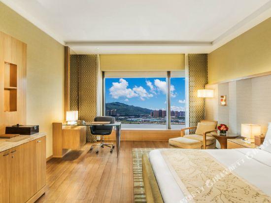 澳門大倉酒店(Hotel Okura Macau)高級豪華間 - 帶1張特大號床間