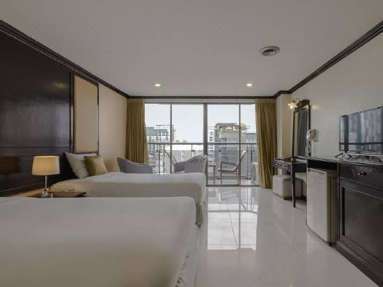 Mike Beach Resort Pattaya Reviews For