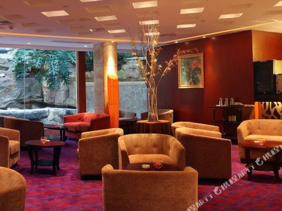 三正半山酒店(東莞橋頭店)(Goodview Hotel (Dongguan Qiaotou))大堂吧