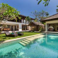 巴厘島水別墅精品度假村酒店預訂