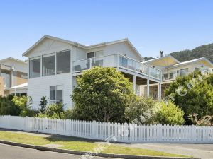 阿波羅灣假日大洋路藝術酒店(Holiday Great Ocean Road – Art House Apollo Bay)