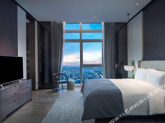 佛山羅浮宮索菲特酒店(Sofitel Foshan)皇家套房新中式風格