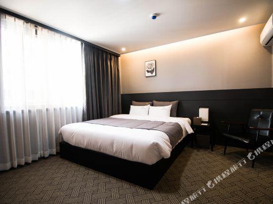釜山B.Cent酒店(B.Cent Hotel Busan)豪華大床房