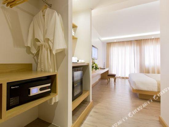 艾瑞斯華欣酒店(Ayrest Hua Hin Hotel)豪華池景房
