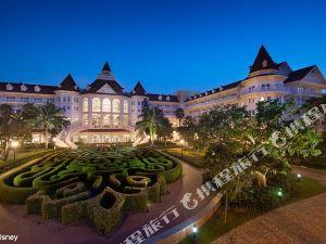 香港迪士尼樂園酒店(Disneyland Hotel)