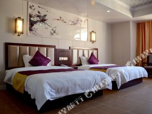 瑞麗凱斯頓酒店