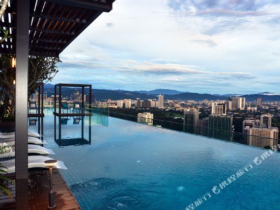 吉隆坡特里貝卡服務式套房酒店(Tribeca Hotel and Serviced Suites Kuala Lumpur)室外游泳池