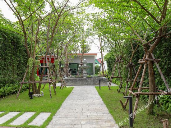 芭堤雅黃金海酒店(Golden Sea Pattaya)院子