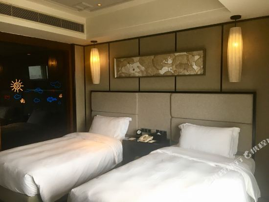 東莞虎門美思威爾頓酒店(Mels Weldon Dongguan Humen)尊享雙床房