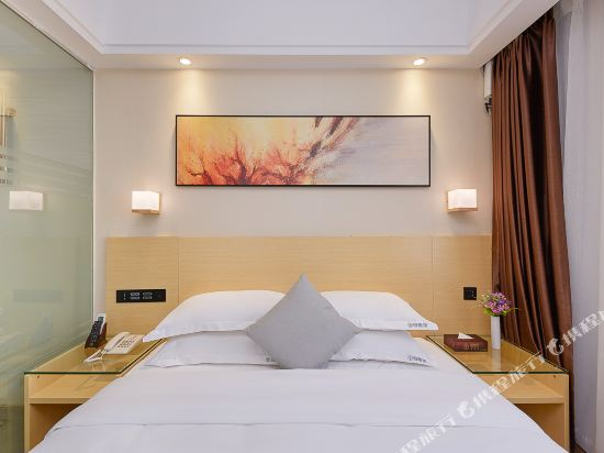 佰曼萊酒店·精選(廣州新白雲國際機場旗艦店)(Baimanlai Hotel Selected (Guangzhou New Baiyun International Airport))特價大床房