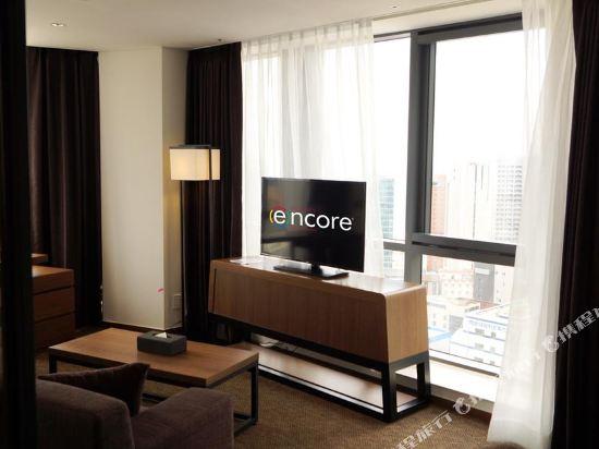 釜山海雲台温德姆華美達安可酒店(Ramada Encore by Wyndham Busan Haeundae)特大號床一室公寓